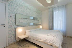GG 1 bed apt (C205)