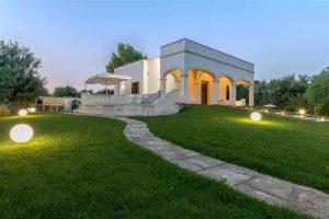 Villa Aura